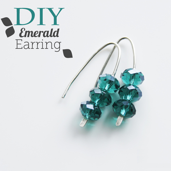 emerald wire earring
